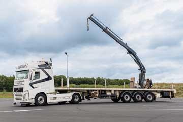 Camion grue manutention